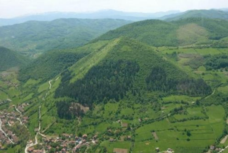 piramide bosniache luogo spirituale