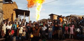 hiccup circus uganda giacomo babaglioni
